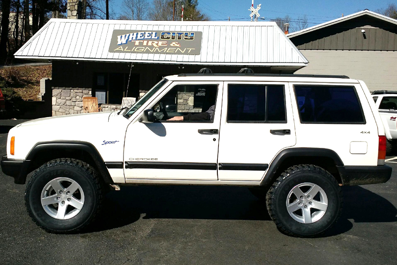 Jeep Cherokee White And Black >> MR1X | Mamba Offroad Wheels